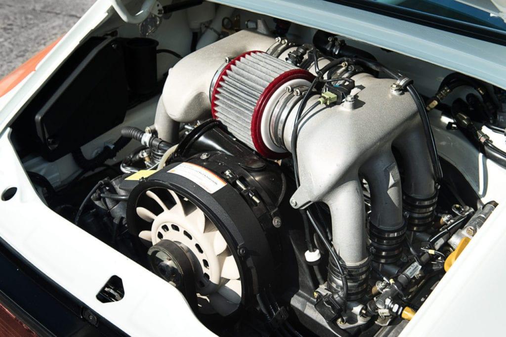 017_Porsche964_RSR_white_CarIconics_July2019__D4J2180-1280x852