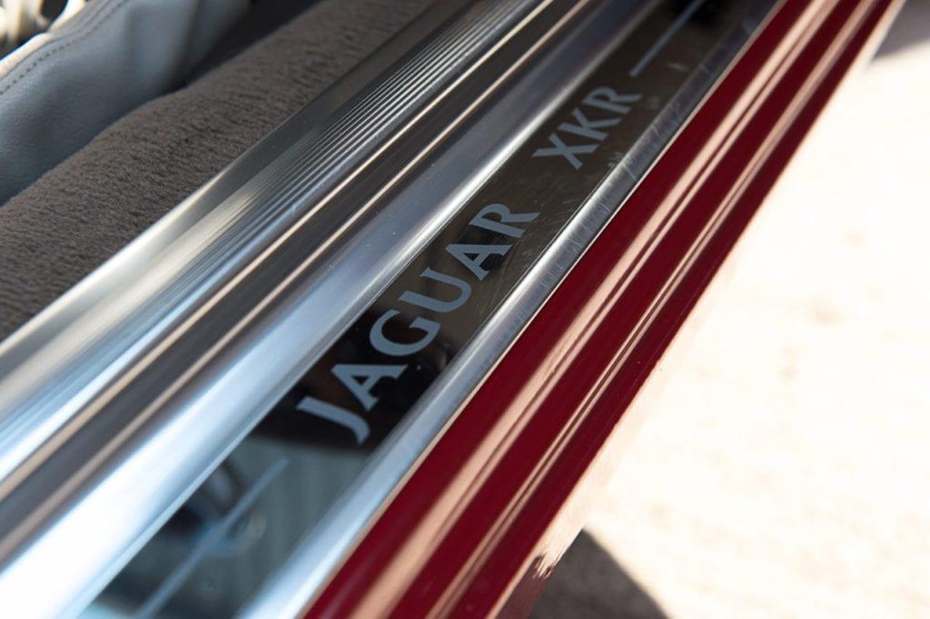 018_JaguarXKR_CarIconics_August2019__D4J2622-1280x852