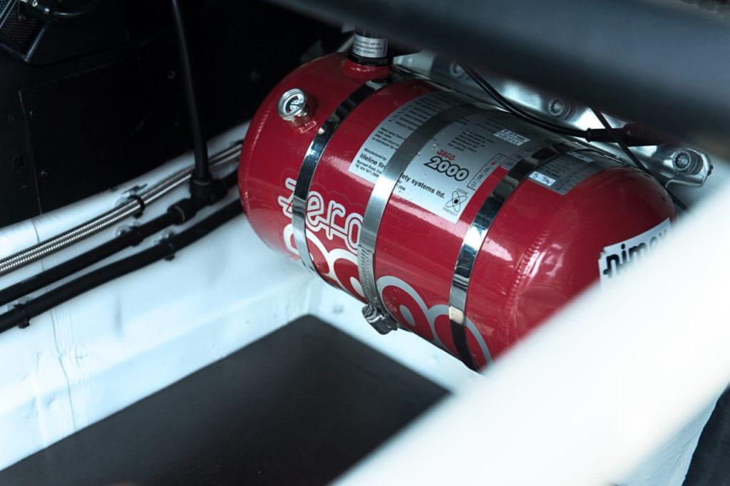 022_Porsche964_RSR_white_CarIconics_July2019__D4J2188-1280x852