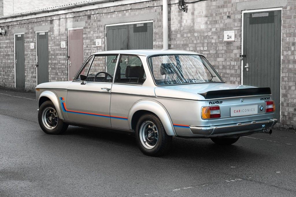 003_BMW2002Turbo_CarIconics_Jan2020_D4J5565