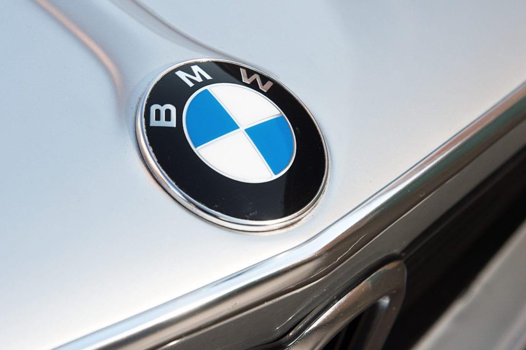 007_BMW2002Turbo_CarIconics_Jan2020_D4J5529