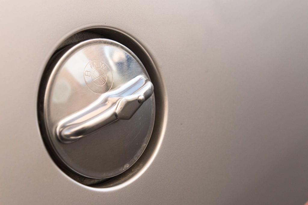 009_BMW2002Turbo_CarIconics_Jan2020_D4J5534