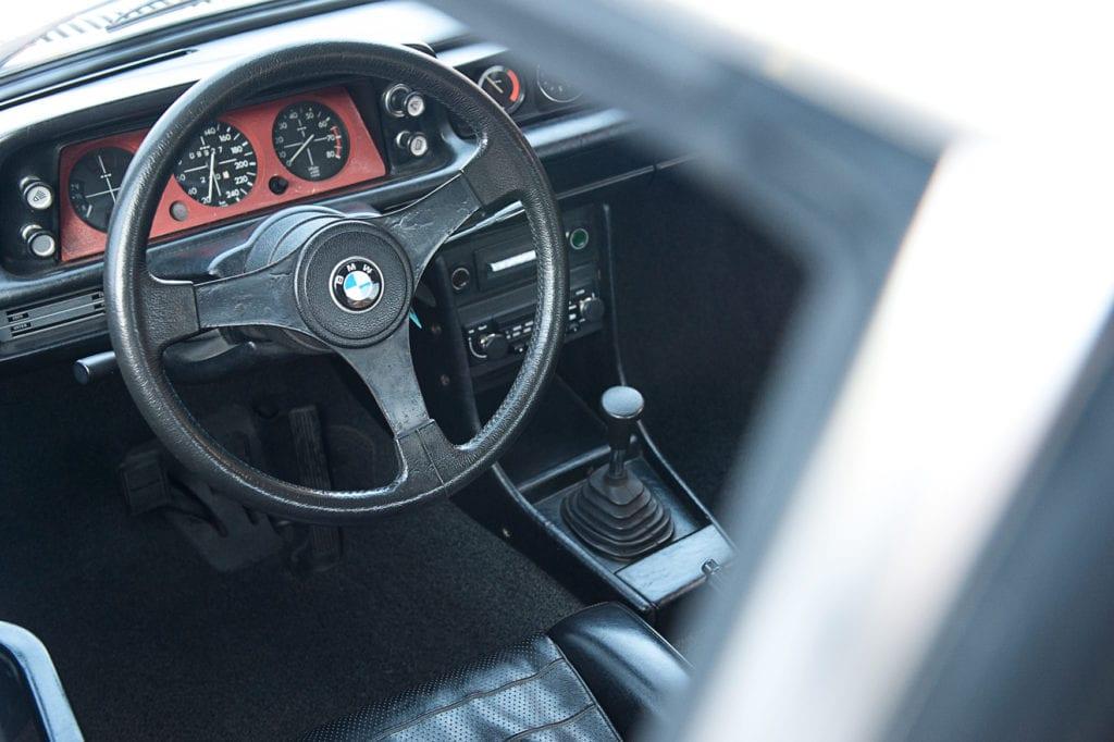 015_BMW2002Turbo_CarIconics_Jan2020_D4J5546