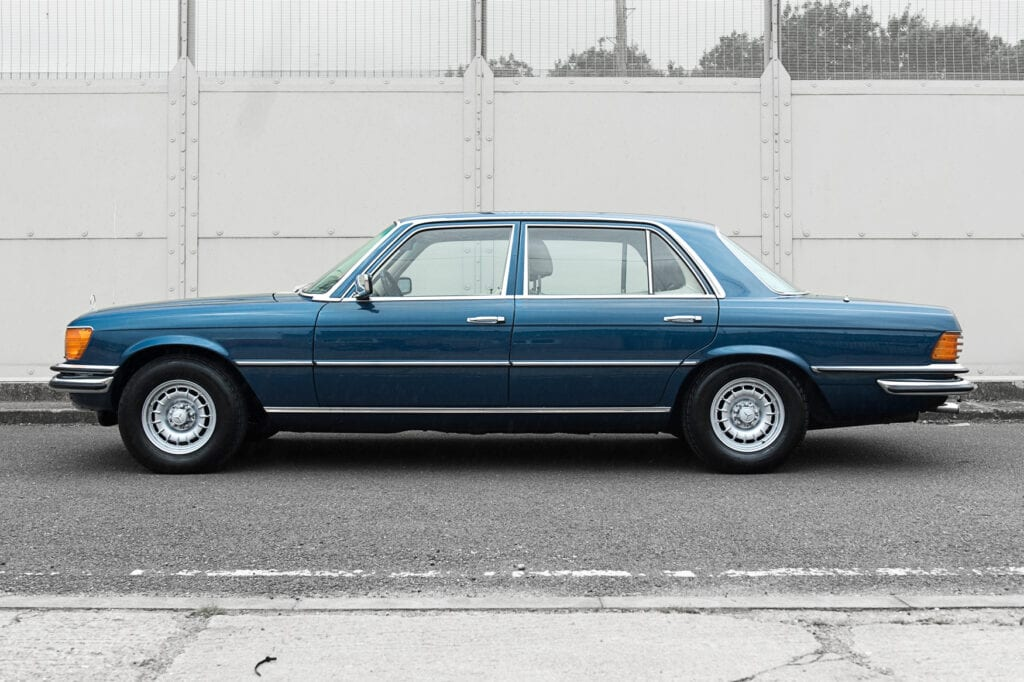 005_Mercedes450Sel_CarIconics_July2020_D4J7393