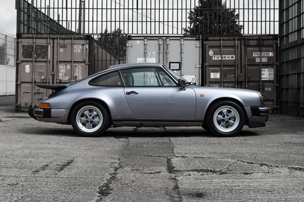 006_Porsche911_Anniversary_CarIconics_July2020_D4J7766