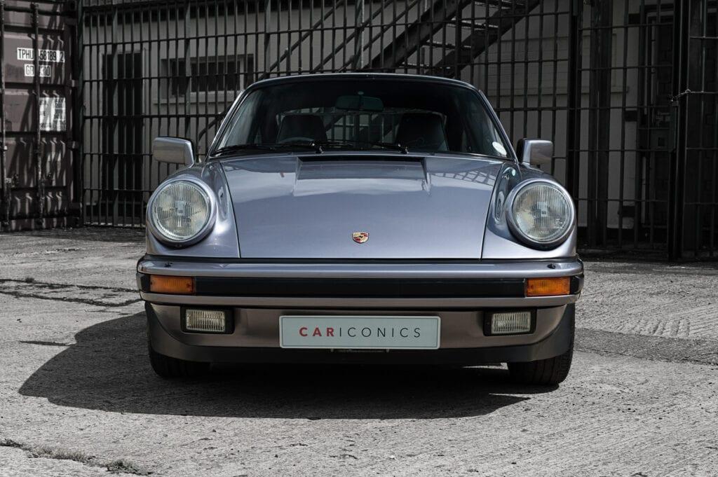 007_Porsche911_Anniversary_CarIconics_July2020_D4J7792
