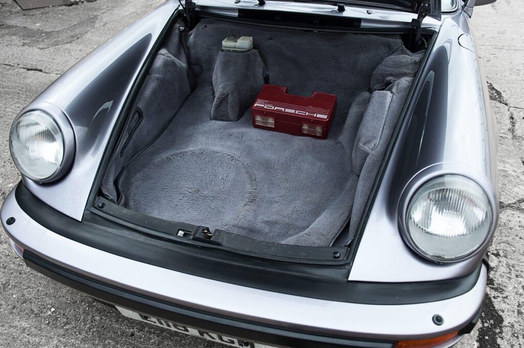 012_Porsche911_Anniversary_CarIconics_July2020_D4J7756