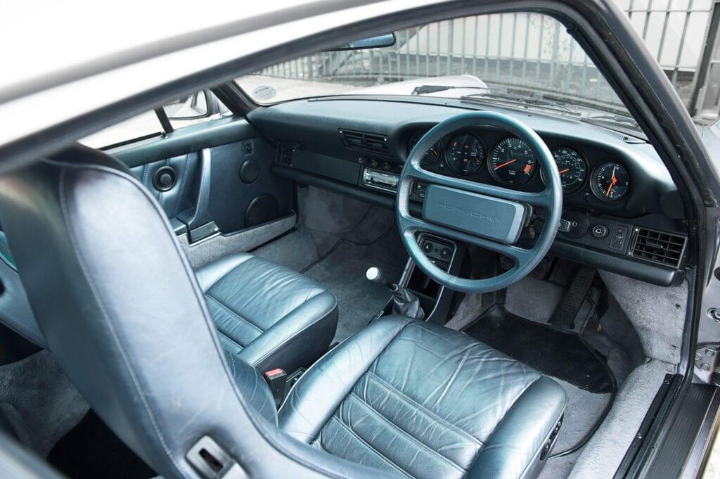 015_Porsche911_Anniversary_CarIconics_July2020_D4J7771