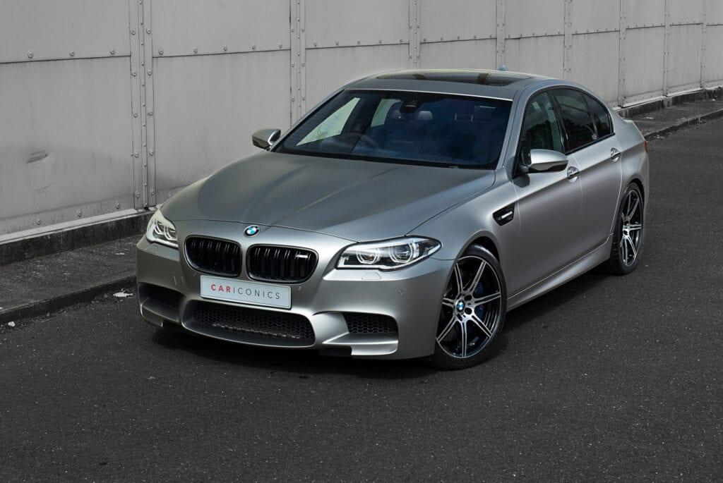 02_BMWM5_CarIconics_Sept2020_D8J3478LR