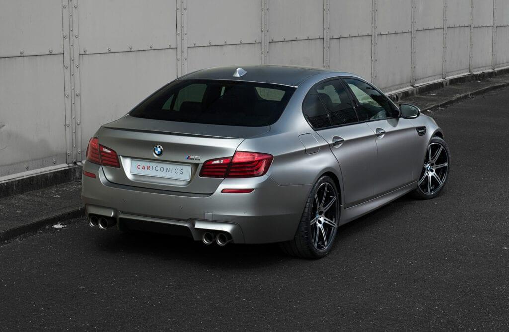 05_BMWM5_CarIconics_Sept2020_D8J3466LR