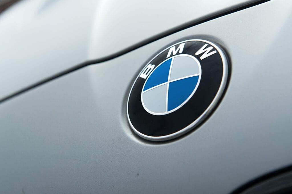 13_BMWM5_CarIconics_Sept2020_D8J3443LR