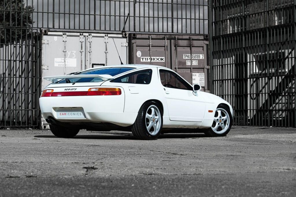 004_Porsche928GTS_CarIconics_Oct20_D8J3917