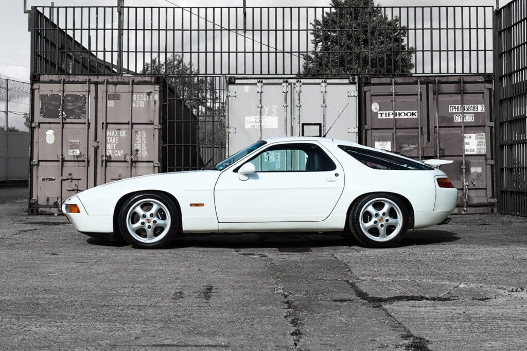 005_Porsche928GTS_CarIconics_Oct20_D4J0031