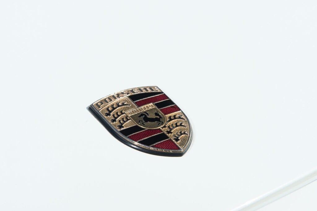 008_Porsche928GTS_CarIconics_Oct20_D4J0020