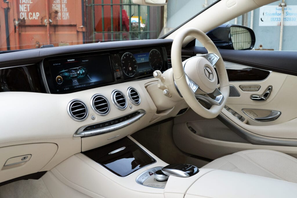 Mercedes_S500_web_7