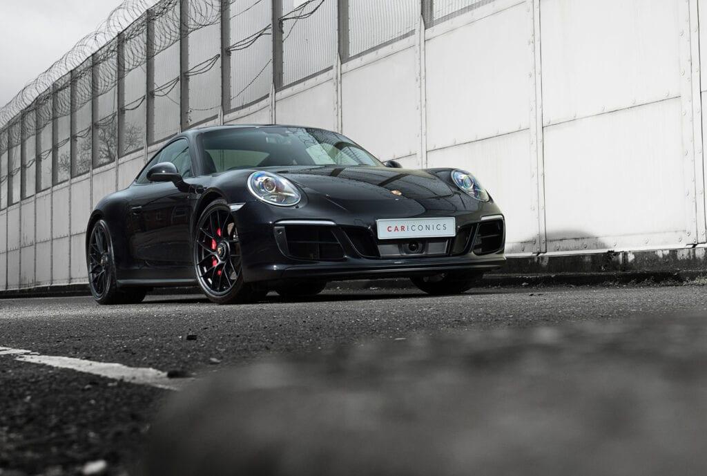 03_CarIconics_Porsche911GTS_Feb21_D4J1651LR