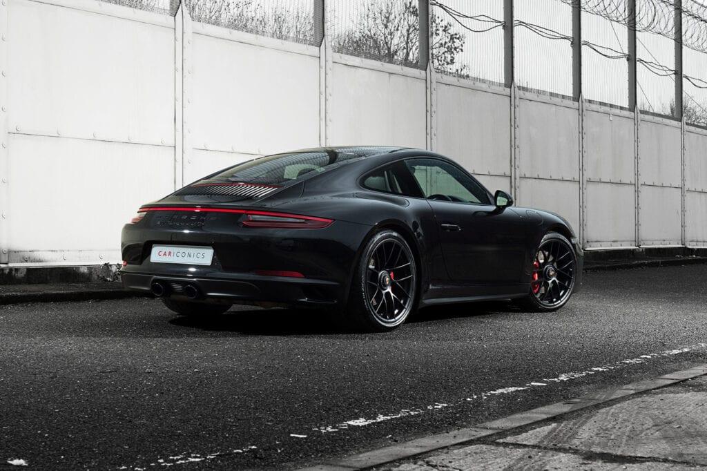 04_CarIconics_Porsche911GTS_Feb21_D4J1658LR