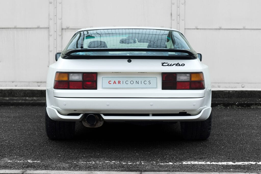 08_CarIconics_Porsche044TurboFeb21_D4J1770