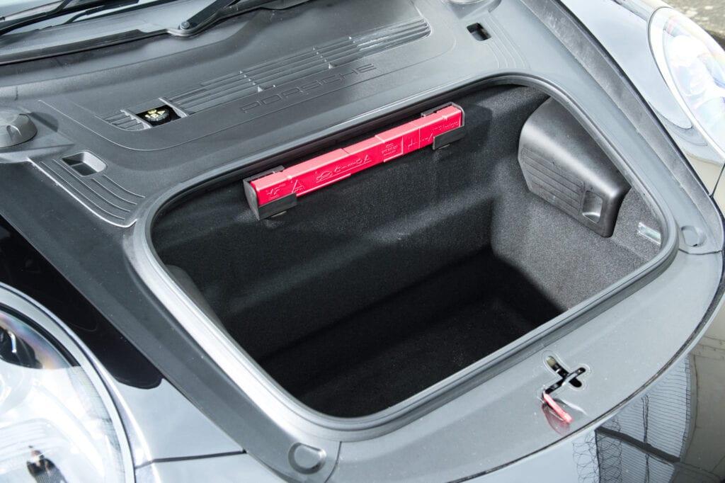 21_CarIconics_Porsche911GTS_Feb21_D4J1683LR