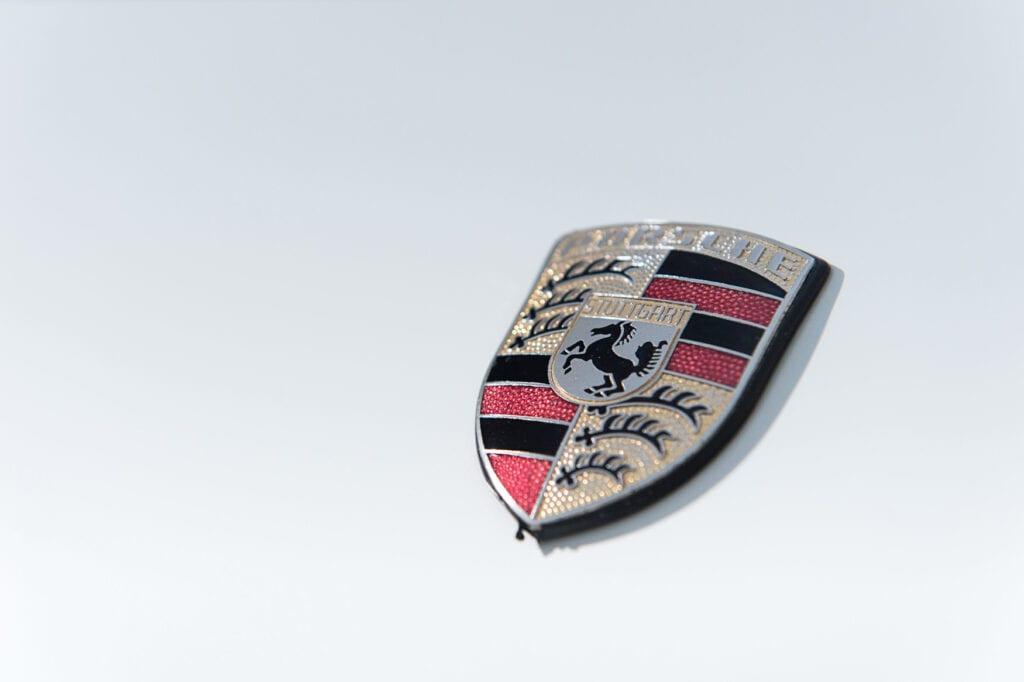 24_CarIconics_Porsche044TurboFeb21_D4J1753