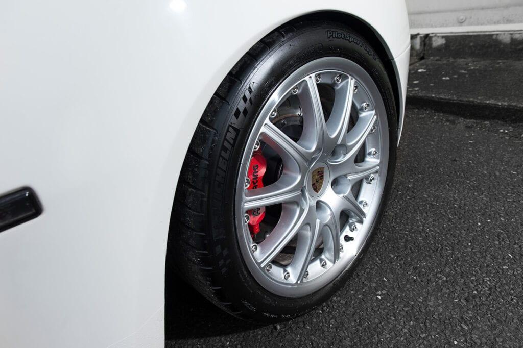 25_CarIconics_Porsche044TurboFeb21_D4J1772