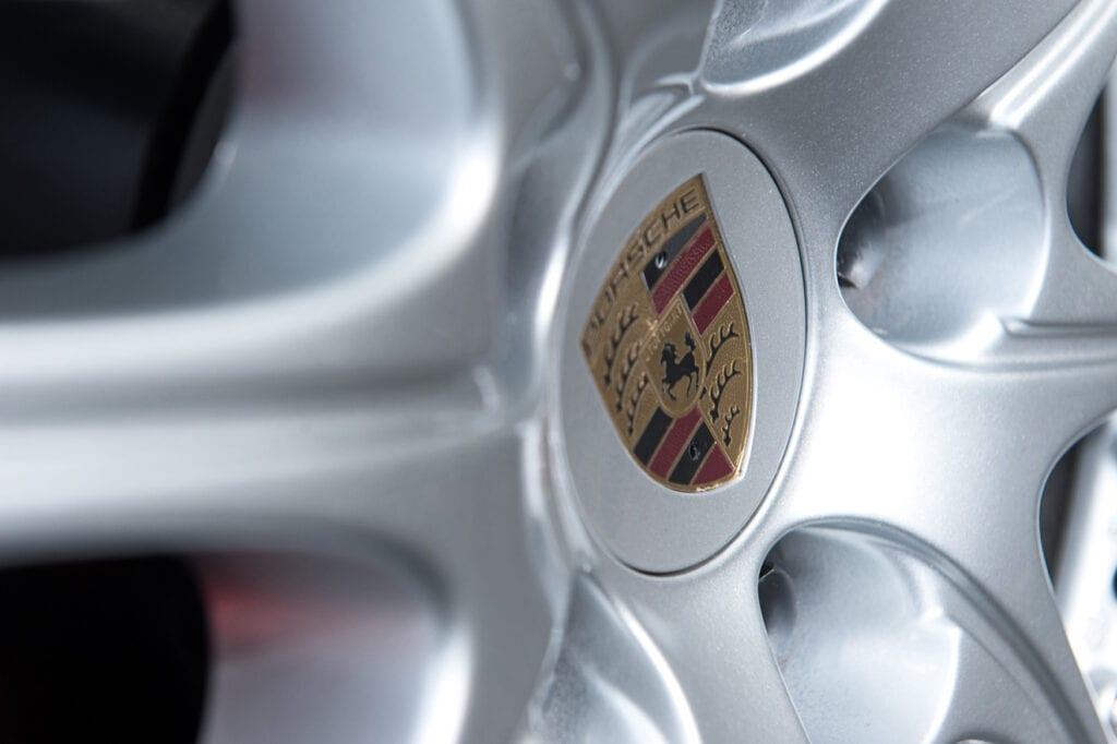 26_CarIconics_Porsche044TurboFeb21_D4J1775