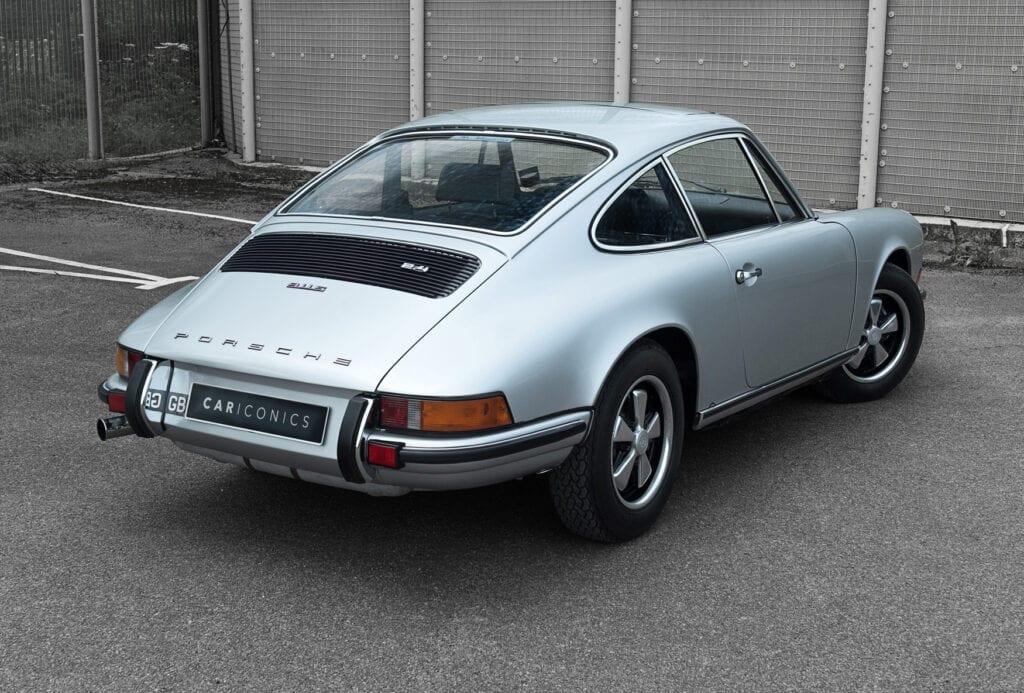 002_Porsche911s_CarIconicsJune2021_D4J4159