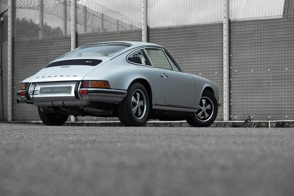 005_Porsche911s_CarIconicsJune2021_D8J7290
