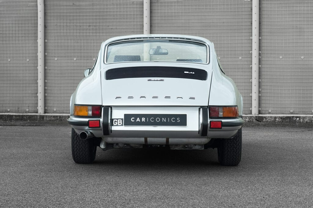 008_Porsche911s_CarIconicsJune2021_D4J4134